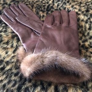 Neiman Marcus Cashmere and Mink gloves